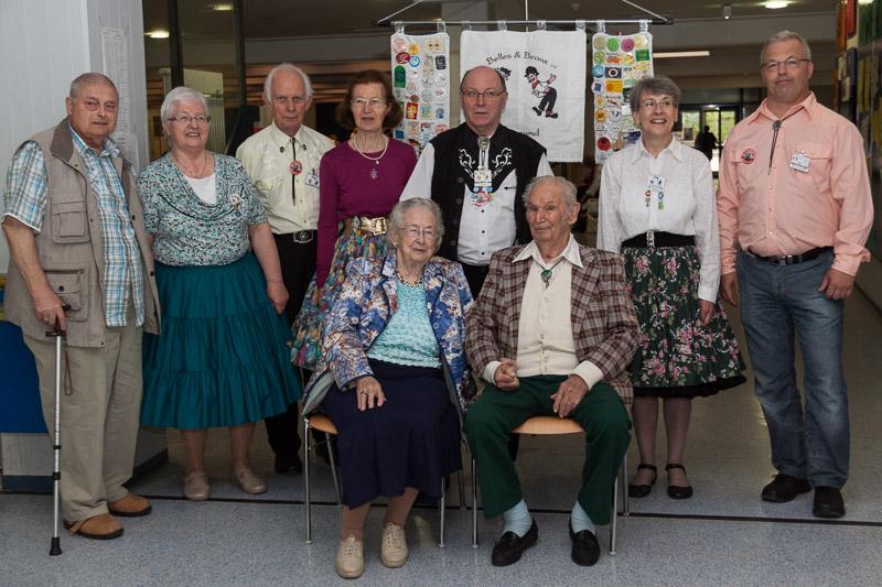 Die Ehrenmitglieder gemeinsam mit dem Vorstand