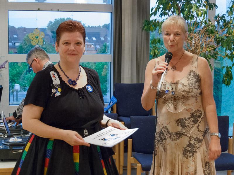 Simone von der Square Company und unsere Square Sprecherin Helga Simonsmeier